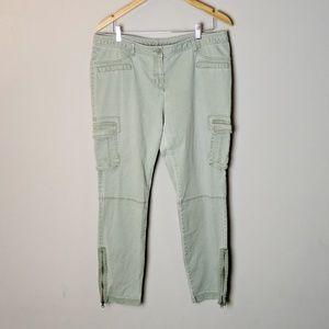 NY&Co Green Skinny Cargo Pant sz 14